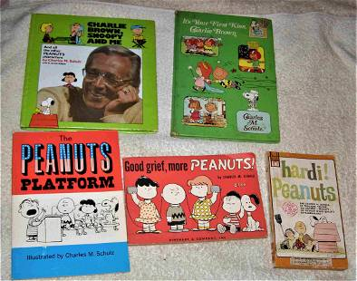 Lot of 5 PEANUTS Books, Charlie Brown,Lucy,Snoopy