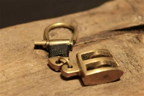Brass Nautical Sailing Pulley Boat Ship Key Keychain
