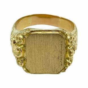 Victorian 14K Yellow Gold Signet Ring