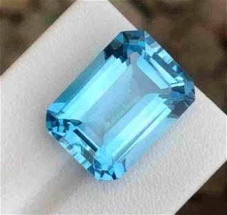 23 Carats Beautiful Swiss Blue Topaz ~ 19x14x9 mm