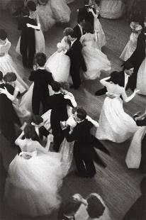 HENRI CARTIER-BRESSON - Queen Charlotte's Ball, 1959