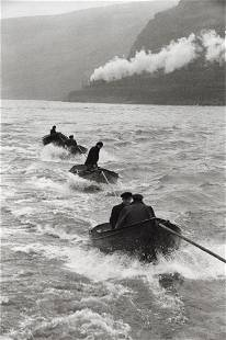 HENRI CARTIER-BRESSON - Tugboat Pilots on the Rhine