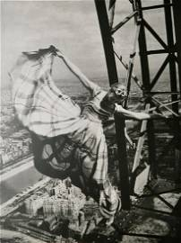 Erwin Blumenfeld - Model Lisa Fonsaagrives Eiffel Tower