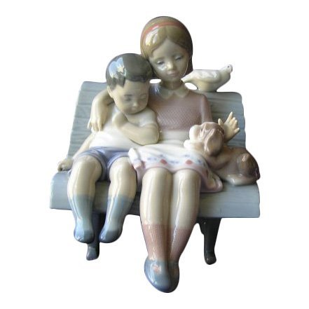 Lladro: Surrounded by Love