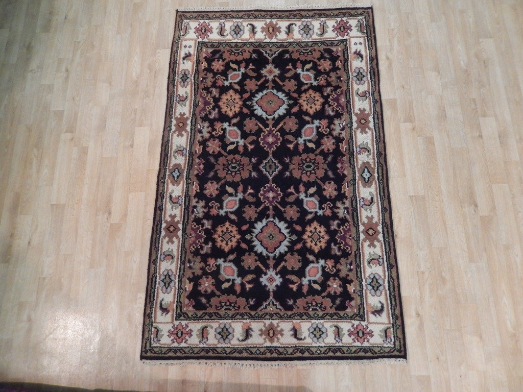 Mahal Wool Traditional Floral Design Rug, 4x6 - 2