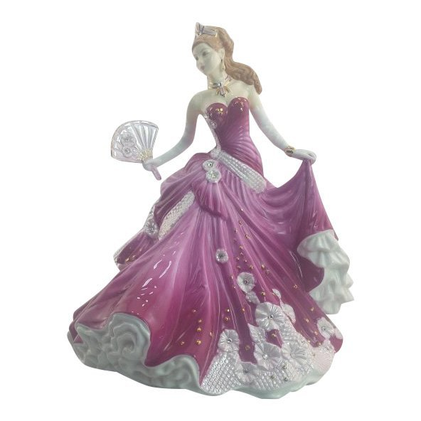 English Ladies Company Figurine: Sweet Romance