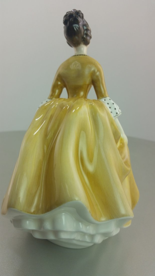 Royal Doulton Figurine: Coralie - 2