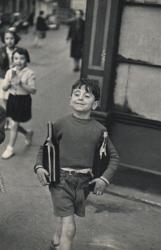 Cartier-Bresson: Shopping Sunday Morning, Paris