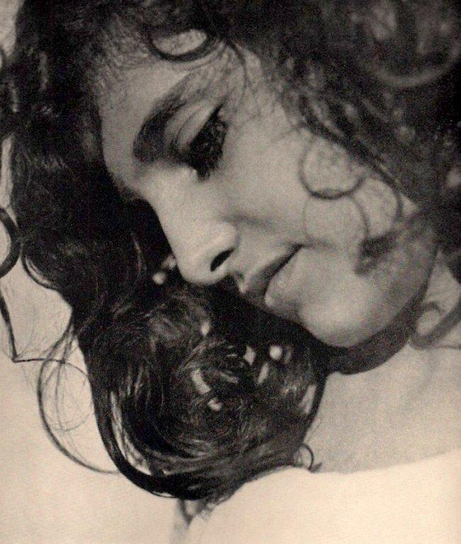 Rudolf Koppitz: Junge Sizilianerin