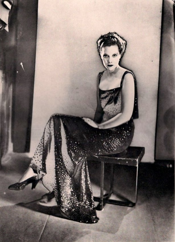 Man Ray: Fashion, Partial solarization, 1935-6