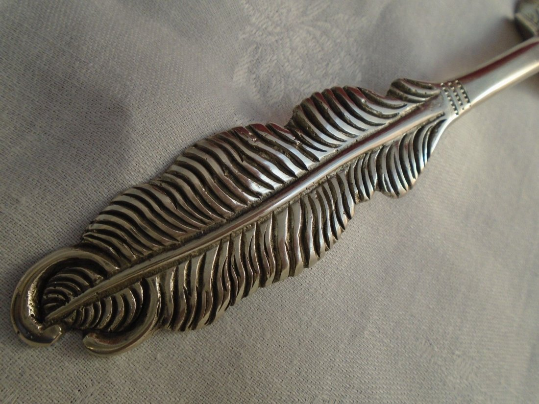Set of 4 Pierced Silver Servers with Feather Handles - 4