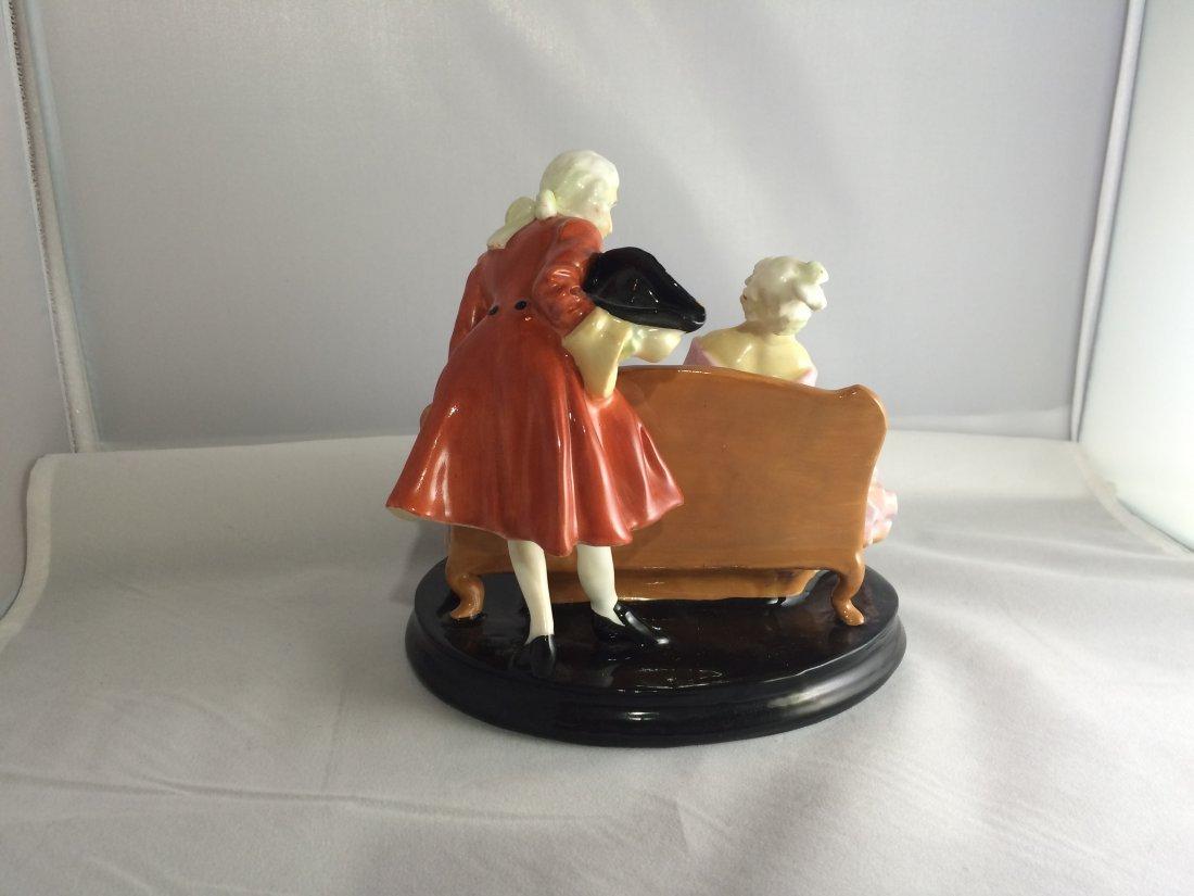 Royal Doulton Figurine: Tete-a-Tete - 3