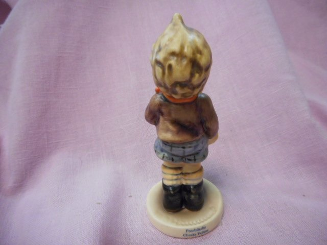 Goebel Figurine: Cheeky Fellow - 2