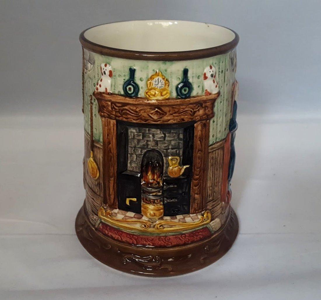 Royal Doulton Figurine: Dickens Christmas Tankard - 2