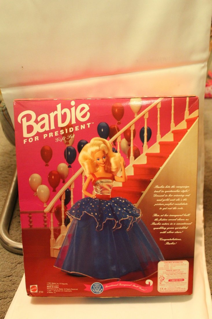 Barbie for President Limited Edition Gift Set - 2
