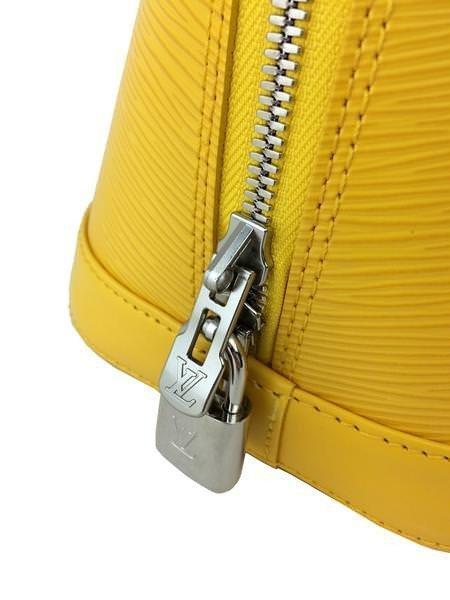 Louis Vuitton Epi Leather Alma PM Bag - 7