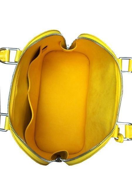 Louis Vuitton Epi Leather Alma PM Bag - 8