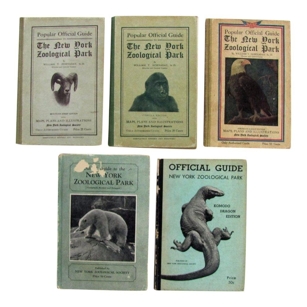 Lot of 5 New York Zoological Park Guidebooks, 1913-34