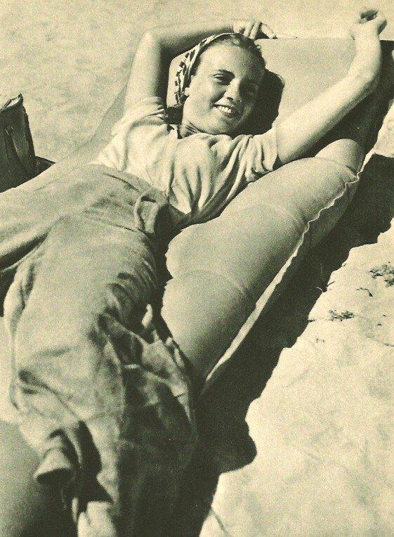 Heinz V. Perckhammer: Floating on the Sand
