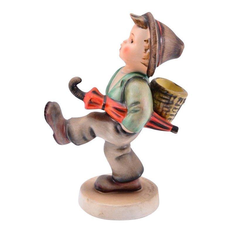 Hummel Figurine: Globe Trotter