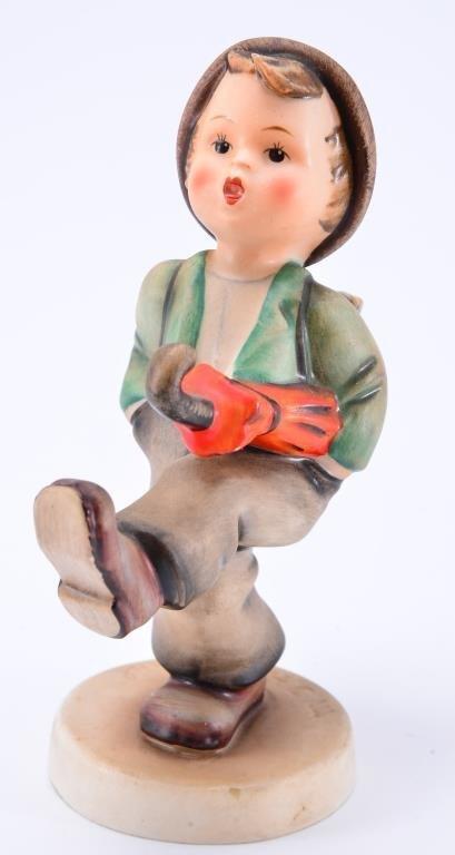 Hummel Figurine: Globe Trotter - 2