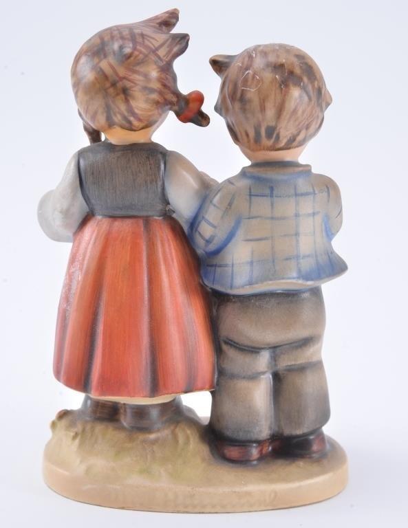 Hummel Figurine: Birthday Serenade - 2