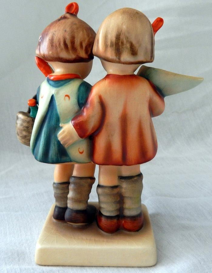 Hummel Figurine: Going To Grandma's - 2