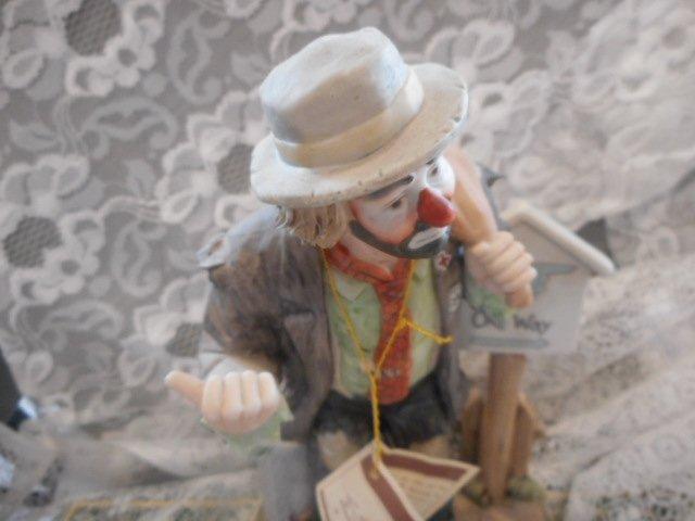Emmett Kelly Jr One Way Clown Figurine - 2