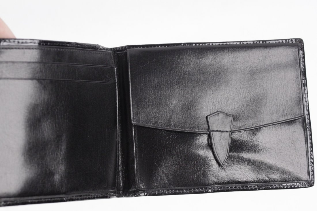 Vintage Black Crocodile Skin Bifold Wallet - 4