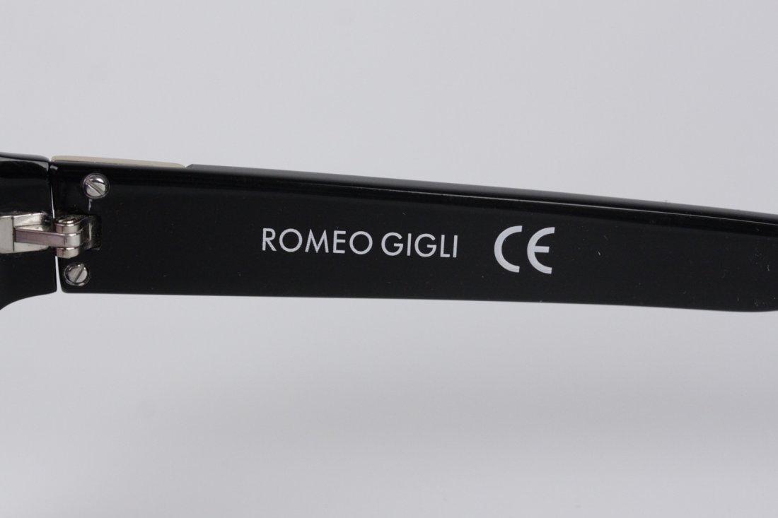 Romeo Gigli Black Oversized Sunglasses - 6