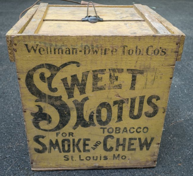 19th C Sweet Lotus Tobacco Crate with Top - 4