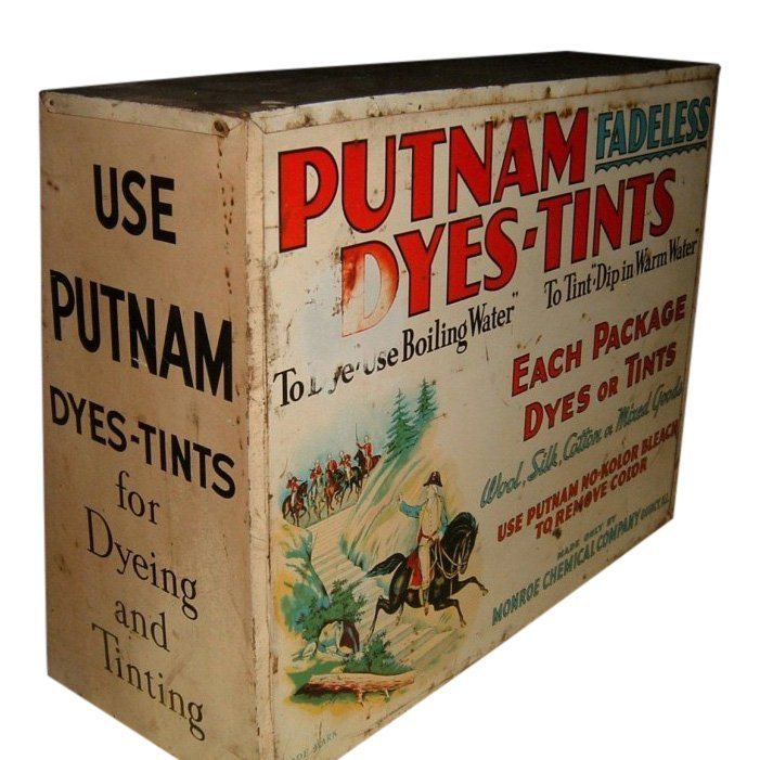 1940s Putnam Store Display