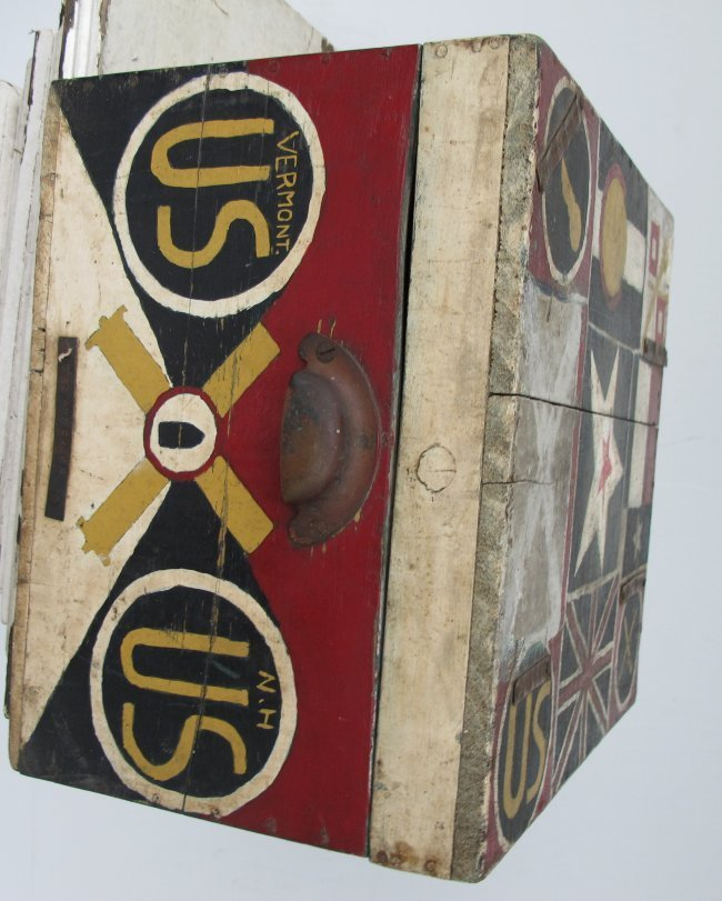 WWII Painted Flag Insignia Box - 5