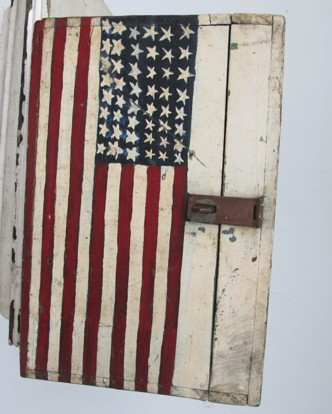 WWII Painted Flag Insignia Box - 8