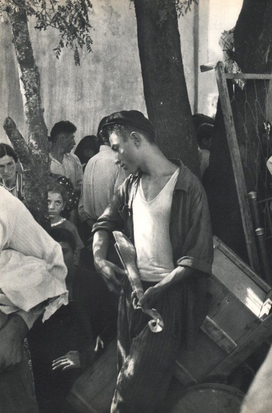 Henri Cartier-Bresson: Music at Market, Zugdidi USSR