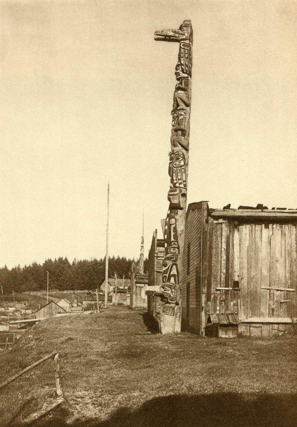 Edward S. Curtis: Qagyuhl Village at Fort Rupert