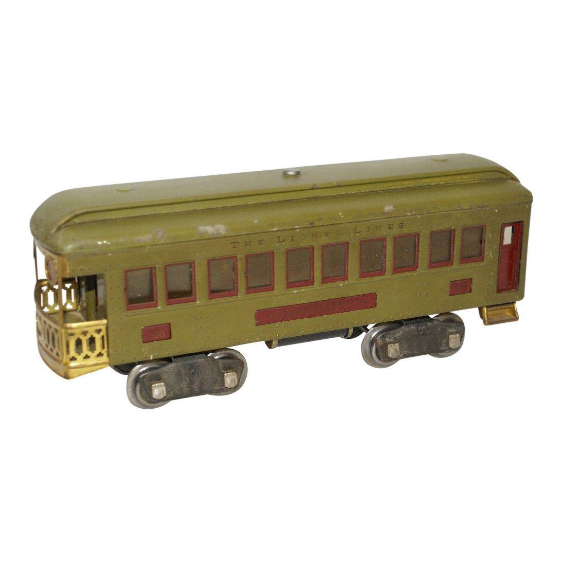 Pre-War Standard Gauge Lionel Lighted Green Train Car