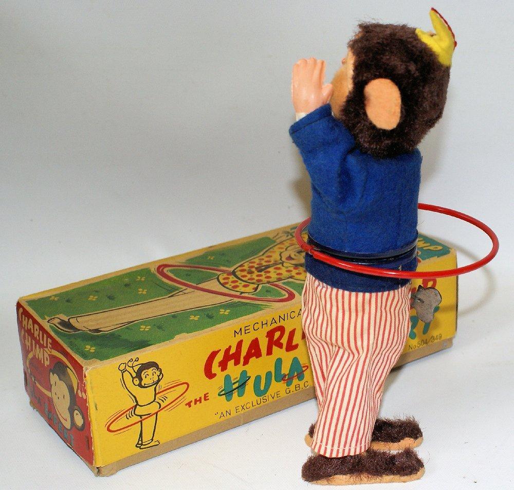 Charlie Chimp the Hula Expert Wind Up Monkey Figure - 2