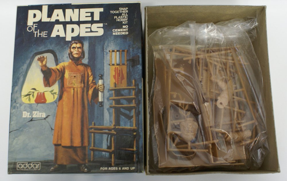 Planet of the Apes Plastic Model Kit of Dr. Zira, 1974 - 2