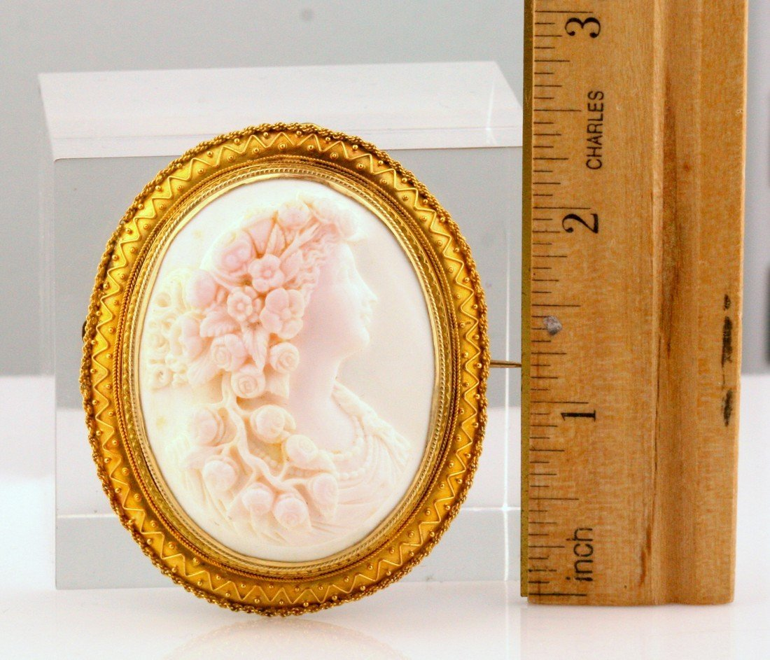 Victorian 14K/20K Gold Conch Cameo Etruscan Brooch - 2