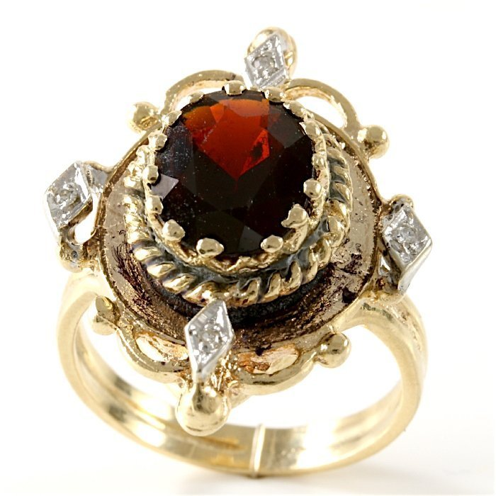 Vintage 14K Yellow Gold Garnet & Diamond Ring, 3.23 ctw - 5