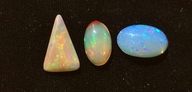 Group of 3 Welo Opal Cabochon, 5.90 ctw - 2