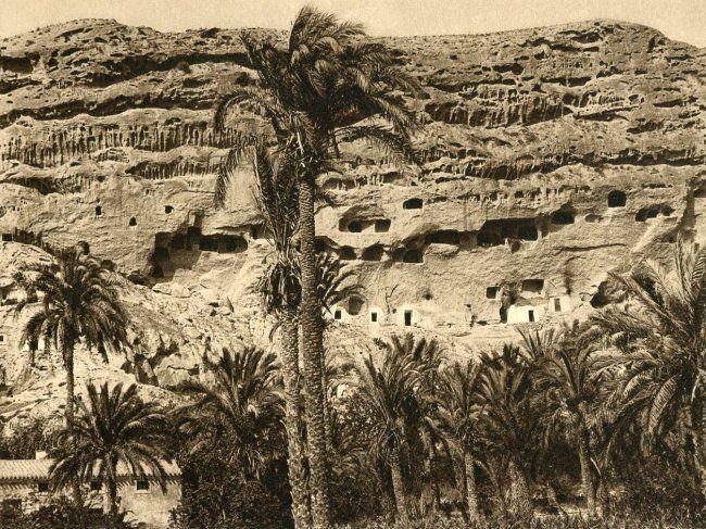 Kurt Hielscher: Cave Dwellings, Spain