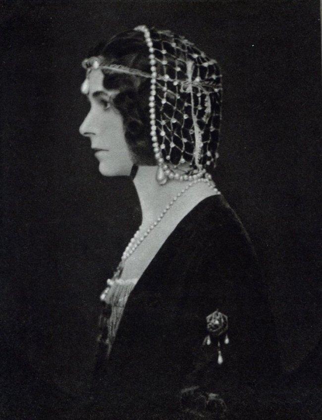 E O Hoppe: Viscountess Masserene & Ferrard
