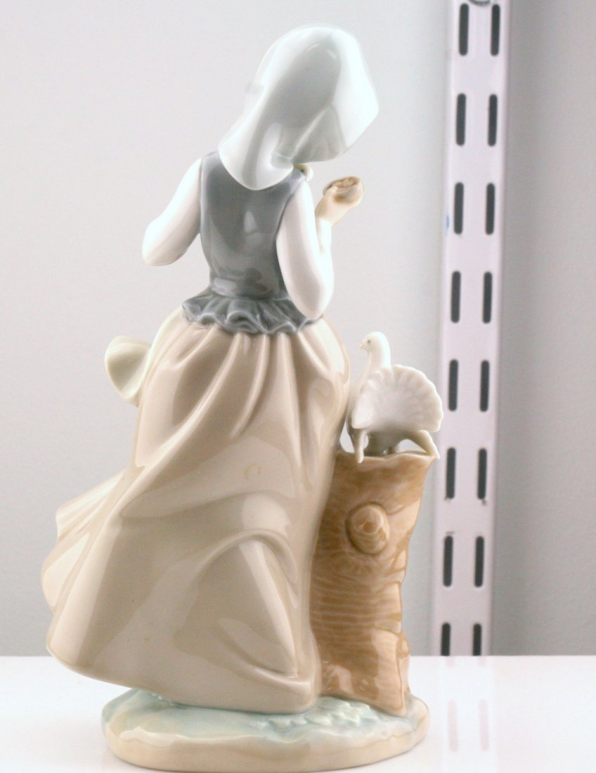 Lladro Woman With Peacock Figurine - 2