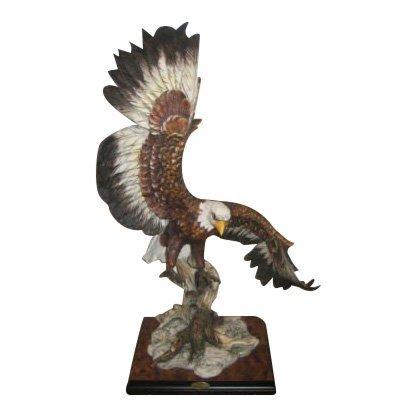 Giuseppe Armani Large Flying Eagle Figurine