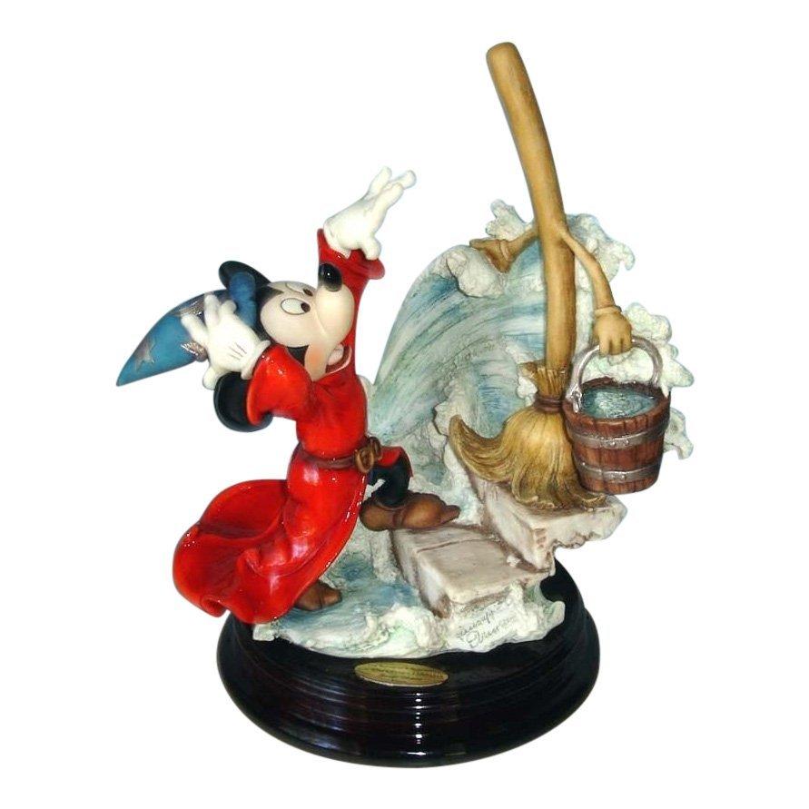 Giuseppe Armani Sorcerer's Apprentice Mickey Figurine