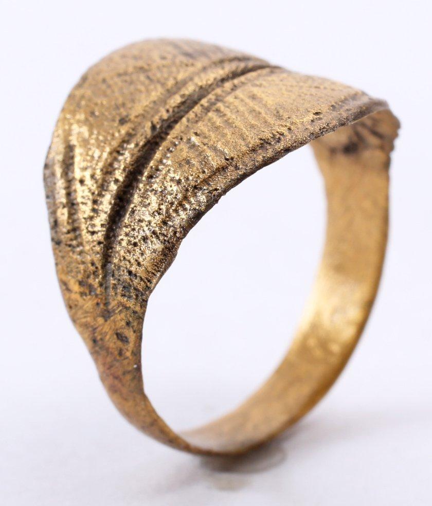 Fine Viking Man's Ring 9-11th C - 3