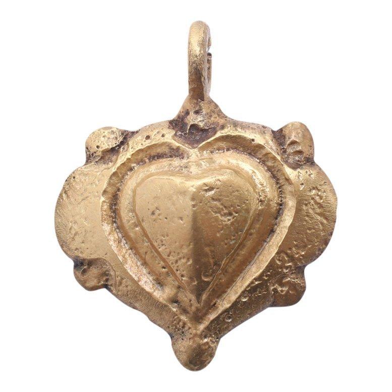 Superb Viking Heart Pendant 10-11th C