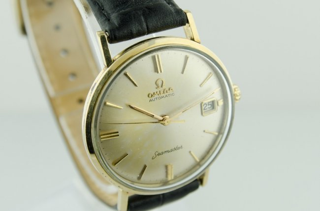 Omega Men's Seamaster Watch - 2